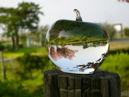 glassapple02.jpg